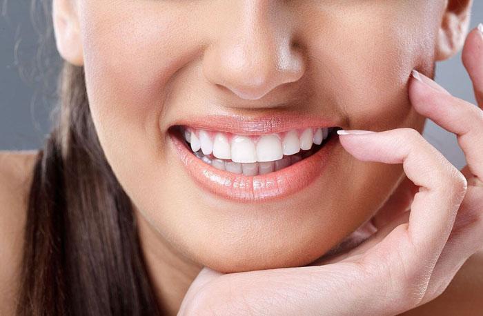 Особенности имплантации передних зубов | Семейная стоматология