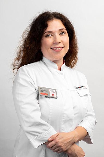 Евстюнина Елена Николаевна Главный врач, врач-стоматолог-терапевт