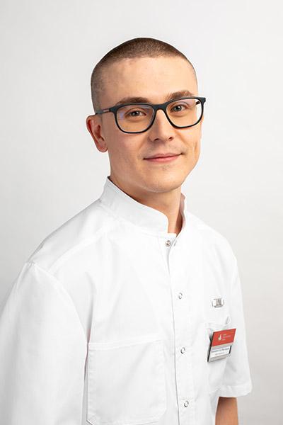 Пыжьянов Егор Викторович Врач–стоматолог–хирург, имплантолог