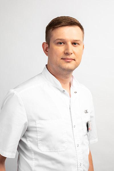 Журавлев Антон Сергеевич Врач–стоматолог общей практики