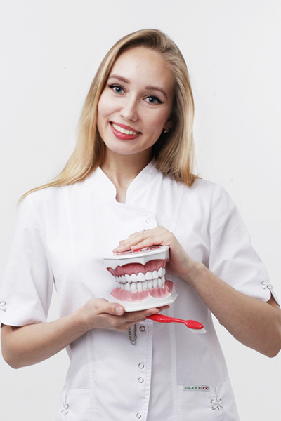Исаева Анастасия Дмитриевна Врач–стоматолог
